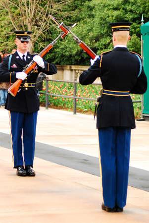 Changing of the Guard, Arlington 에디토리얼
