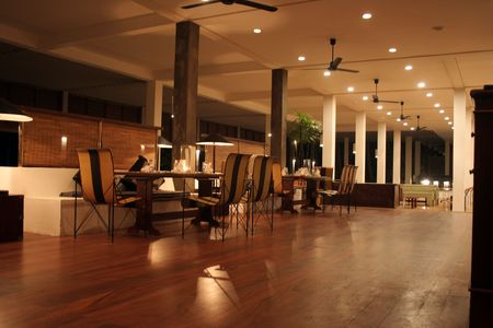 cloth halls: Interiors - hotel (barrestaurant)