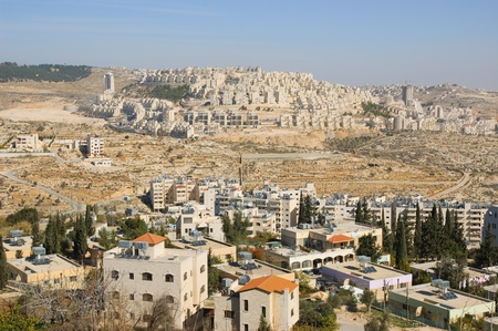 Uitzicht op Har Homa (Hebreeuws illegale nederzettingen) uit Bethlehem 2010 Stockfoto