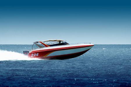Speedboat cruising in the sea Stock Photo - 406965