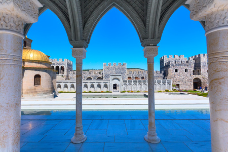 Arch wiew of the famous fortress Rabat or Rabati in Akhaltsikhe, Georgia Standard-Bild