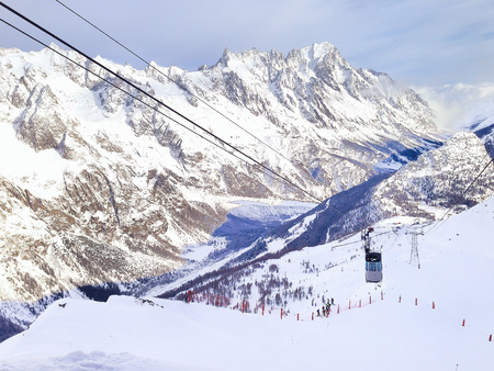 courmayeur: Winter snow mountains ski slopes in Courmayeur, European Alps, ski lift Stock Photo