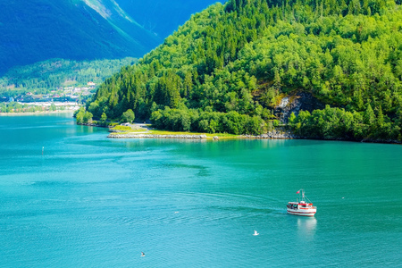 Norway colorful fjord fjord panorama with mountains landscape and boat 版權商用圖片