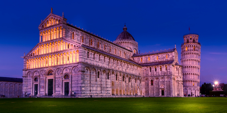Pisa Cathedral and the Leaning Tower on Square of Miracles night illumination view, Italy 版權商用圖片