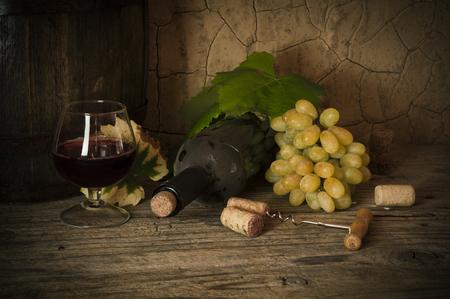red wine glass: Wine Stock Photo