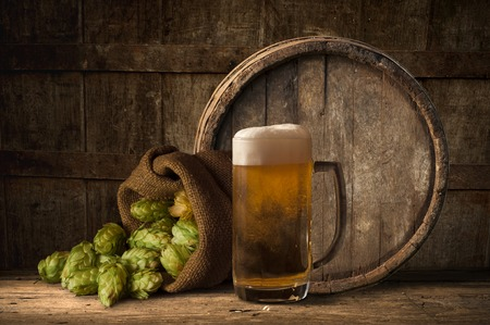 humulus: wooden barrel for beer, wine and whiskey