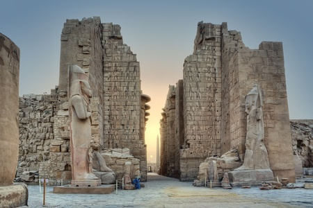 louxor: Sunrise dans le temple de Karnak, Louxor, Egypte