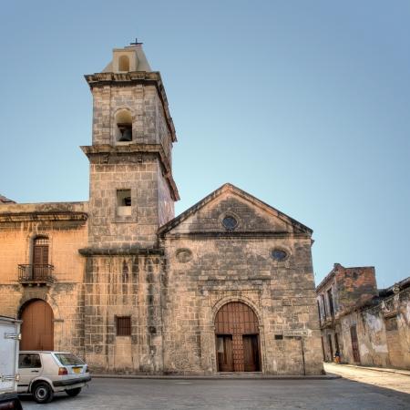 Kirche in Havanna Vieja, Cuba Standard-Bild - 18075554
