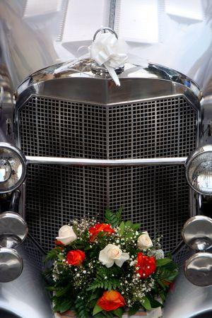recien casados: s�lo se cas� con coche