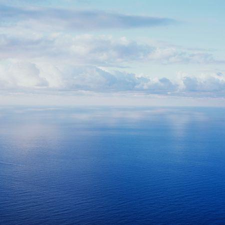 cielo y mar: cielo