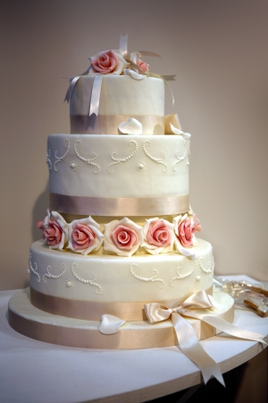wedding cake photo