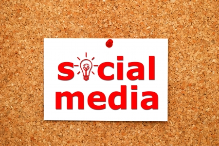Note social media on on table Stock Photo - 15466837
