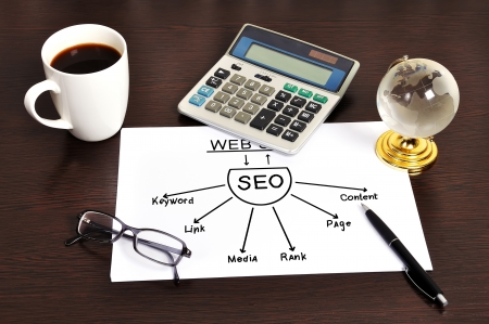 Note graph seo on table businessman Stock Photo - 18630937