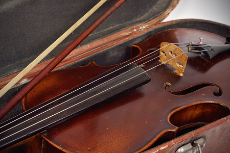 fiddle: antique fiddle case and violin, close up Stock Photo