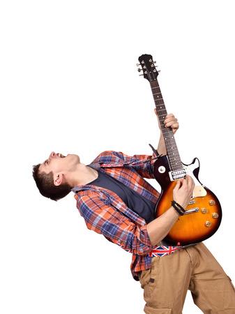 musico: músico de rock expresiva es tocar la guitarra eléctrica en el fondo blanco