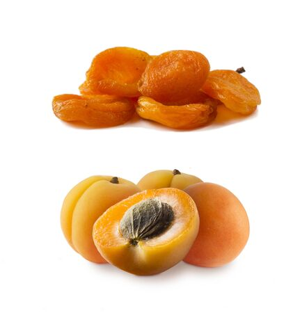 Ripe and dried apricots. Fresh and dried apricots isolate on white background. Apricots and dried apricots with copy space for text. Immunity system improvement. Antiviral treatment.  Coronavirus prevention. Imagens