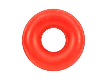 Ein Gummischlauch vor einem weißen Hintergrund isoliert