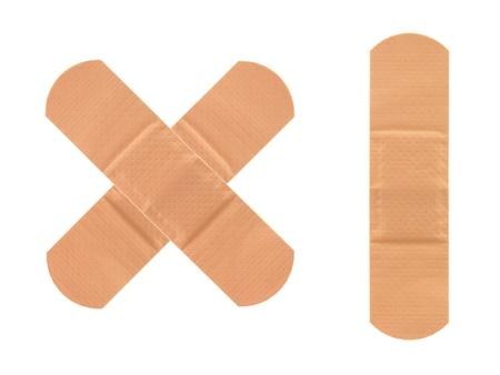 Ein Pflaster gegen einen weißen Hintergrund