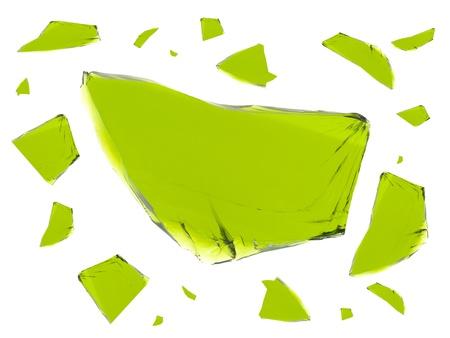 白い背景に対して隔離されるガラスの破片