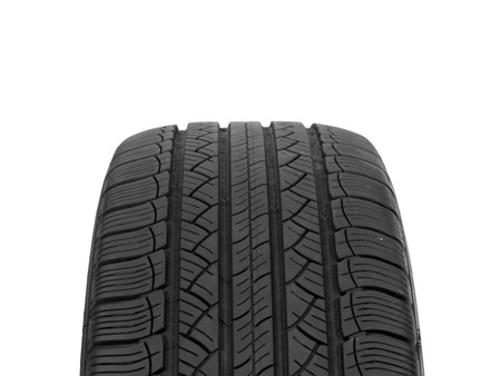 A black rubber tyre isolated against a white background Stock Photo - 22384151