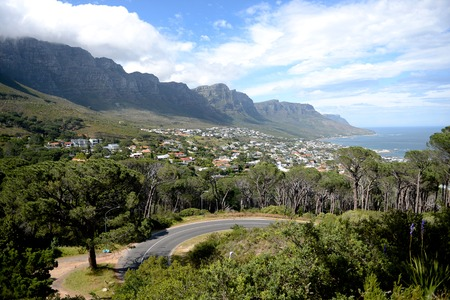 capetown: A landscape image of Table Top Mountain in Capetown