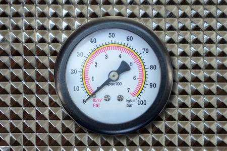 humidity gauge: A close up shot of a pressure gauge Stock Photo