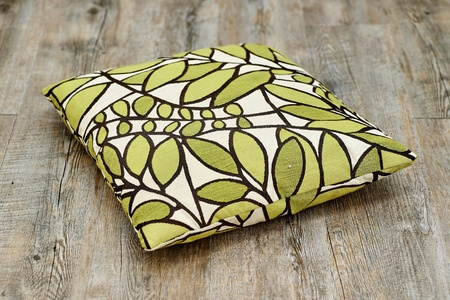 scatter: A studio photo of scatter cushions on the floor Stock Photo