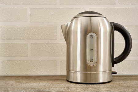 A studio photo of an electric kettle