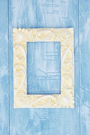 paper sheet: A studio photo of a photo frame