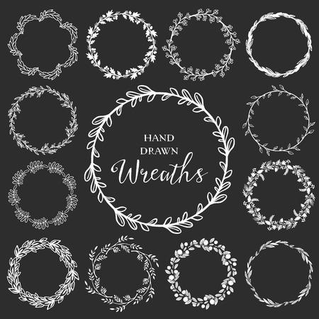 手描きの素朴な花輪のヴィンテージのセットです。黒板に花のベクトル グラフィック。自然のデザイン要素です。  イラスト・ベクター素材