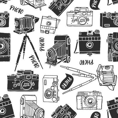 Vintage photo camera seamless background. Hand drawn vector pattern. Decorative design illustration. Illustration
