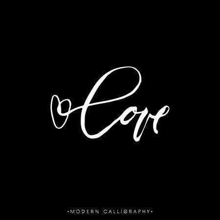 carta de amor: AMOR. Caligrafía del cepillo moderno. Letras escritas a mano. Tiza sobre fondo negro. Dibujado a mano elementos de diseño.