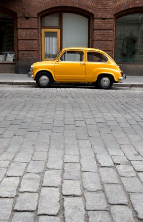 fiat: Small Old Car in the City
