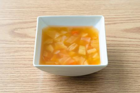 macarrones: Sopa de macarrones es la sopa que incluye macarrones. Foto de archivo