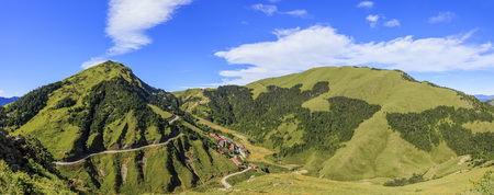 The famous Hehuan Mountain of Taiwan is a 3000m high mountain. Have many great views and hiking path 스톡 콘텐츠