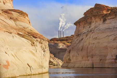 generating station: Navajo Generating Station in Page, Arizona