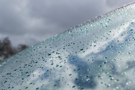 windshield: water drops on windshield