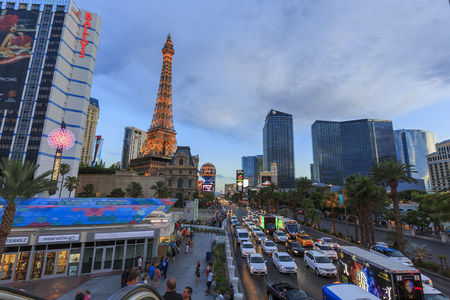 las vegas casino: AUG 5, Las Vegas: The famous Paris Las Vegas Casino on AUG 5, 2015 at Las Vegas, Nevada Editorial