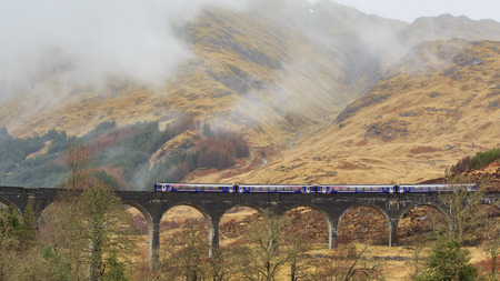 harry: The famous Glenfinnan Viaduct, Harry Potter Scene