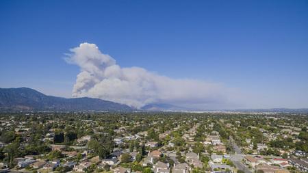 gabriel: Super big fire happen around San Gabriel Mountains, Los Angeles, U.S.A. on JUNE 20, 2016