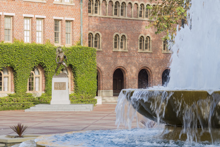 university fountain: Los Angeles, DEC 9: Torjan Status at the campus of the University of Southern California on DEC 9, 2016 at Los Angeles