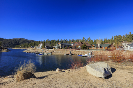county side: Afternoon view of Big bear lake, Los Angels County, California