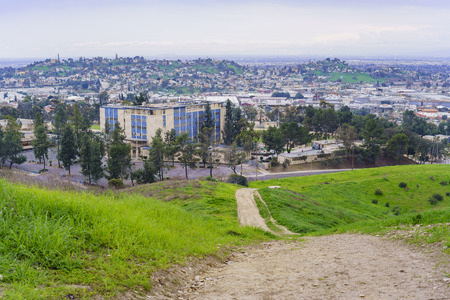 paisaje de naturaleza en Ascot Hills Park, Los Angeles, California Editorial
