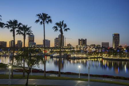 Beautiful night scene around Rainbow Harbor, Long Beach, California, U.S.A. Standard-Bild