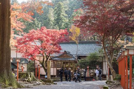 Otsu, NOV 23: Beautiful fall color of Hiyoshi Taisha on NOV 23, 2017 at Otsu, Shiga, Japan Stok Fotoğraf - 91487471