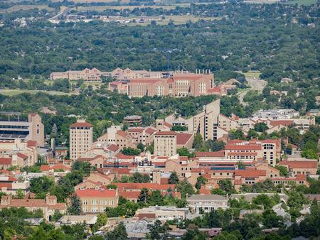 Aerial view of the beautiful University of Colorado Boulder, Colorado Redactioneel