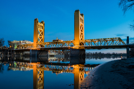 Night view of the famous tower bridge of Sacramento, California
