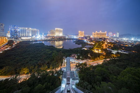 Night aerial view of the Venetian Macao with the inclined lift from the Grande Hill Imagens