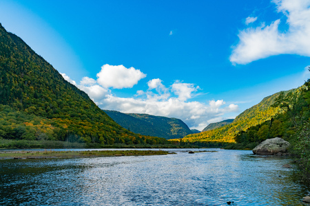 Beautiful fall color of Jacques-Cartier National Park at Quebec, Canada Banco de Imagens