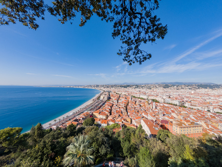 Aerial morning view of the famous Angel's Bay with downtown cityscape from Nice at France Standard-Bild - 118549832